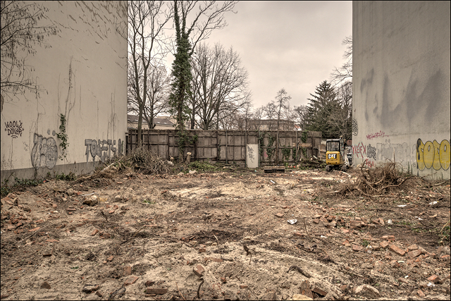 berlin construction site terrain vague cityscape stadtraum densification verdichtung urban spaces stadtentwicklung